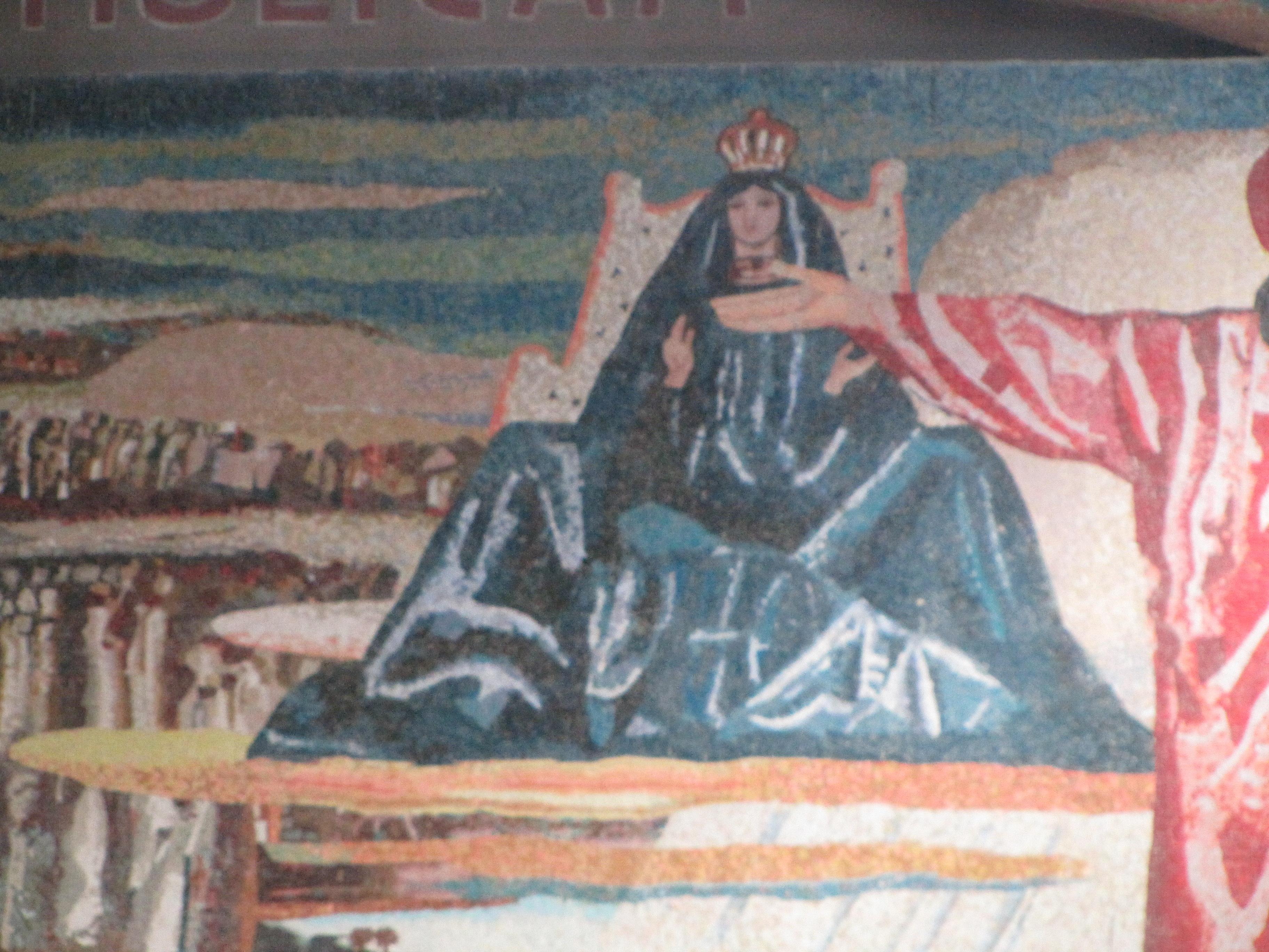 Божья Матерь изображена  на иконе в позе, неприемлемой в иконописи.